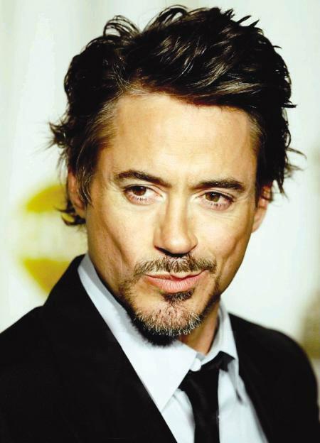barba Robert Downey Jr.